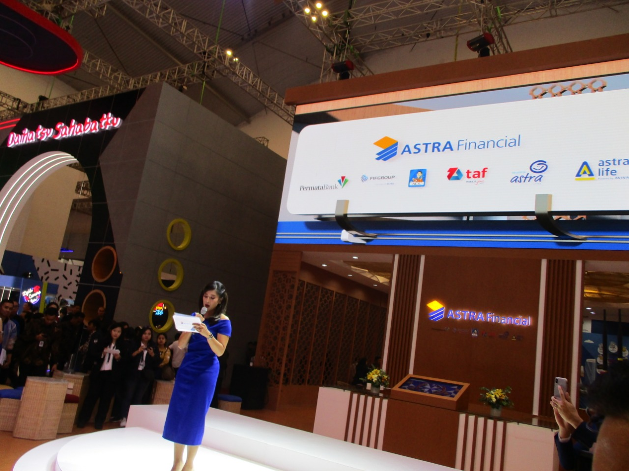 Dian sastrowardoyo di Astra Financial GIIAS