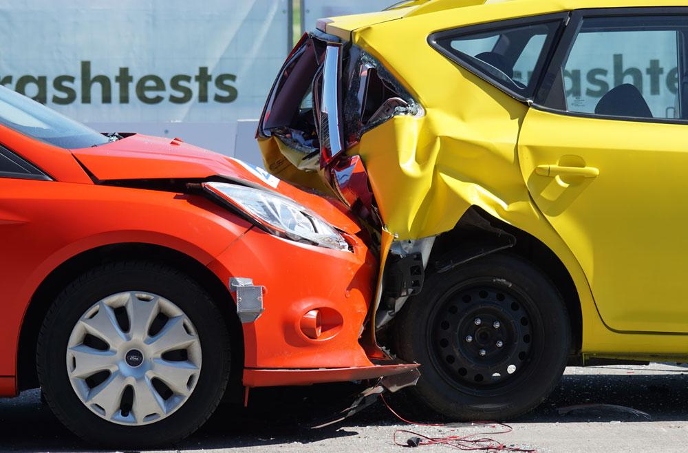 Pilih asuransi kendaraan sebelum membeli mobil